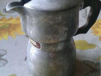 CAFETIÈRE EXPRESS 4 tasses vintage - 6,00 EUR