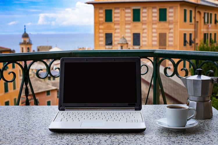 L'espresso sur place a perdu 50% de ses clients - Fonctionnement intelligent, dommage au café aussi En ville, la consommation baisse de 50%