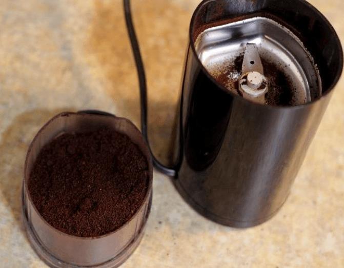 Avis sur le moulin à café et à épices électrique krups f203
