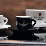 Du café à la vodka dans la tradition Lamborghini