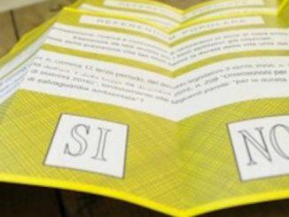 Vers le vote - Italiens aux urnes pour le référendum: coupez 345 parlementaires pour une économie d'un café par an