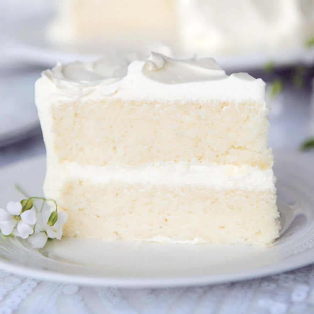"""recette de gâteau blanc """"width ="""" 1000 """"height ="""" 1000 """"srcset ="""" https://www.shop-ici-ailleurs.com/wp-content/uploads/2020/11/1604208560_70_Recette-de-gateau-blanc-a-partir-de-zero-doux-et.jpg 1000w, https: // sugargeekshow. com / wp-content / uploads / 2018/03 / recette-de-gâteau-blanc-640x640.jpg 640w, https://sugargeekshow.com/wp-content/uploads/2018/03/white-cake-recipe-800x800.jpg 800w, https://www.shop-ici-ailleurs.com/wp-content/uploads/2020/11/1604208561_263_Recette-de-gateau-blanc-a-partir-de-zero-doux-et.jpg 320w, https://sugargeekshow.com/wp-content/uploads/2018/03/white -cake-recette-768x768.jpg 768w, https://sugargeekshow.com/wp-content/uploads/2018/03/white-cake-recipe-500x500.jpg 500w """"tailles ="""" (largeur max: 1000px) 100vw , 1 000 px"""