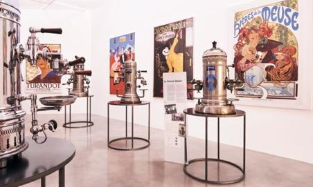 Le café expresso devient virtuel dans un savoureux voyage à travers son histoire - Corriere.it