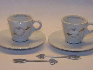 TASSES À CAFÉ LAVAZZA CALENDRIER Collection 2011 - 50,00 EUR