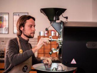 Devenir maître torréfacteur de café de spécialité avec Andrej Godina