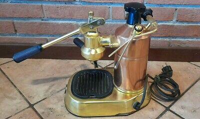 Modèle professionnel de machine à café vintage La Pavoni en état de marche