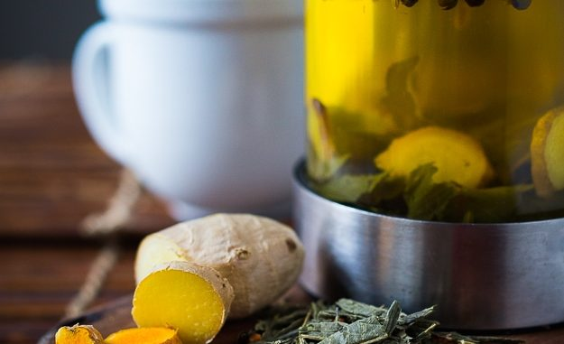 Ayurvedic Detox Tea- a daily drink with fresh turmeric, ginger and whole spices