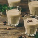 Toutes les astuces pour préparer une crème au café mousseuse et sans crème parfaite
