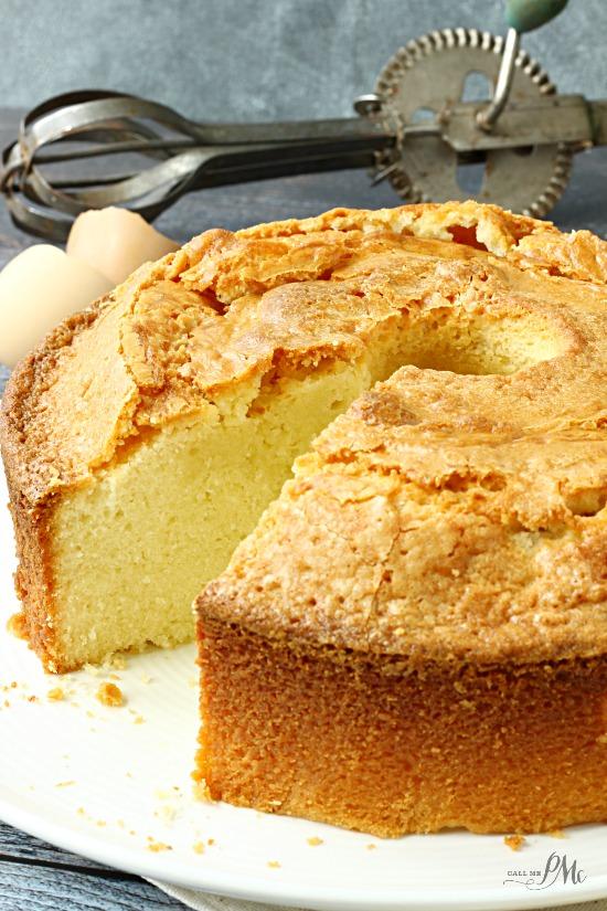Gâteau quatre-quarts à la crème fouettée
