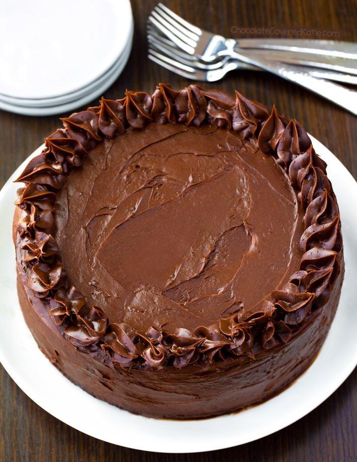 Recette facile de gâteau au chocolat Keto à faible teneur en glucides