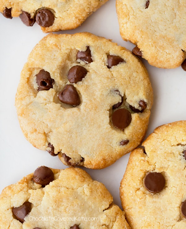 """Biscuits aux pépites de chocolat Keto"""" class=""""wp-image-43051"""