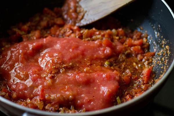 purée de tomate ajoutée